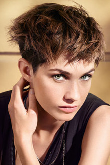 Short & Chic – Pixie Cuts, Crops & Bobs