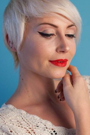 HAIRSTYLE IDEAS FOR THE OVER 50S, BEST HAIRDRESSING SALON IN SHAW, OLDHAM, MANCHESTER