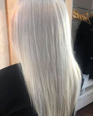 Ice-Blonde-Hair-Colour-at-Darren-Michael-Hairdressers-in-Oldham-Shaw